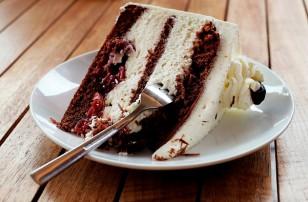 Everybody's Idea of a Cake