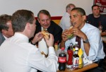 Obama And Medvedev Have Cheeseburger Lunch